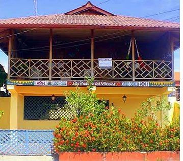 Casa Bocas Town is extremely convenient for a Bocas vacation thanks to its location